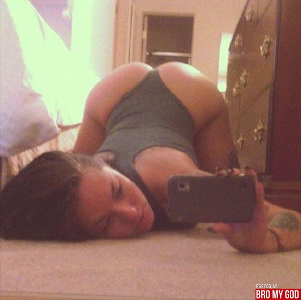 selfie_hot_women_003_02182013