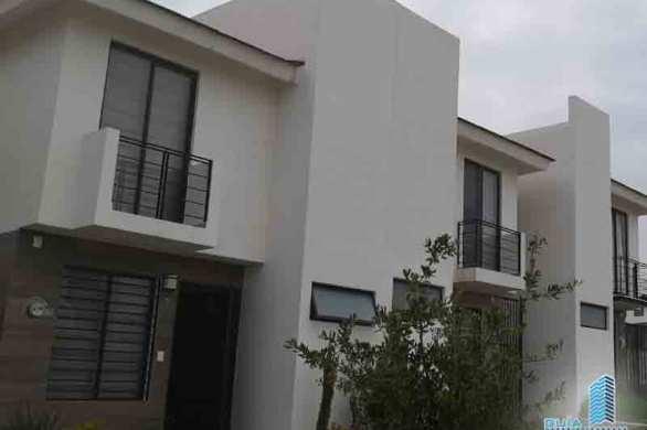 casa en renta tlajomulco